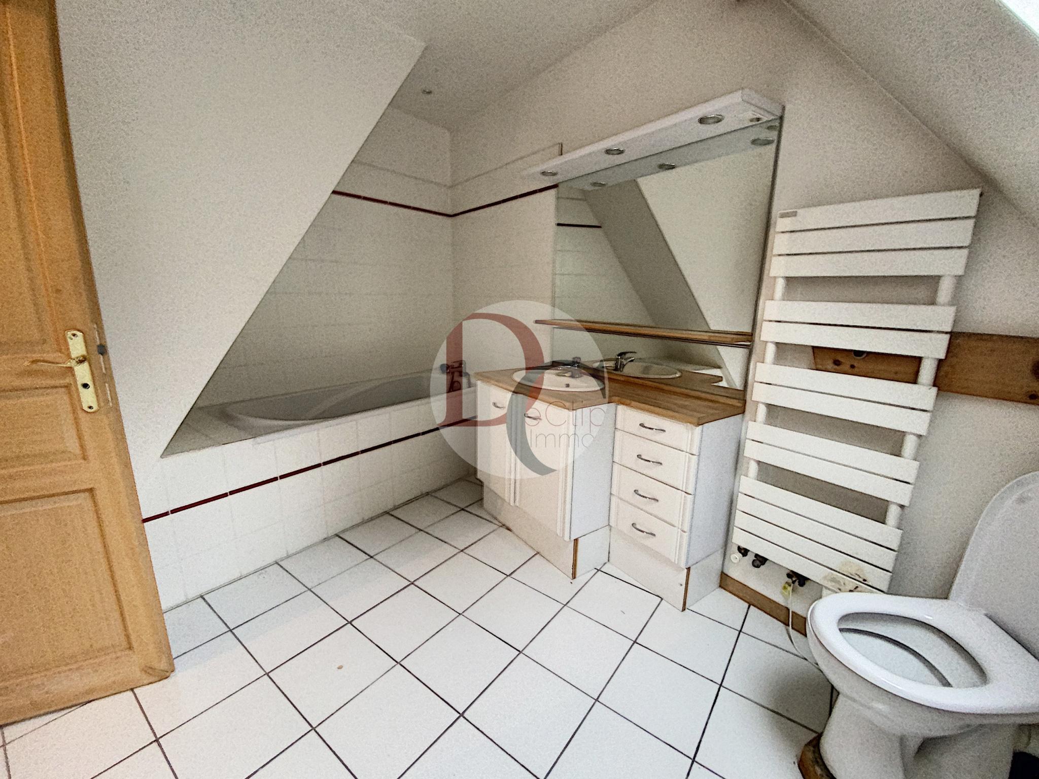 salle de bains chambre en duplex